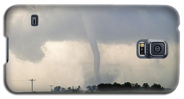 Galaxy S5 Case featuring the photograph Manchester Tornado 1 Of 6 by Jason Politte