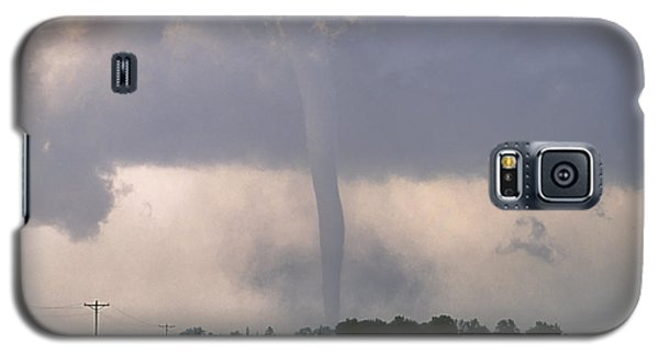 Galaxy S5 Case featuring the photograph Manchester Tornado 2 Of 6 by Jason Politte