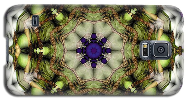 Galaxy S5 Case featuring the digital art Mandala 21 by Terry Reynoldson