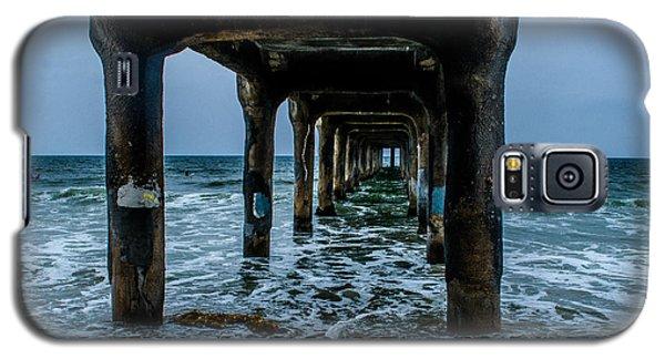 Manhattan Beach Peir Galaxy S5 Case by Joe Scott