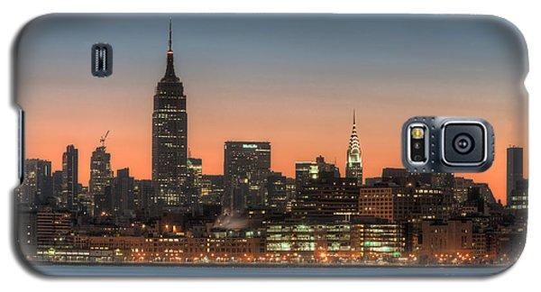 Manhattan Skyline And Pre-sunrise Sky I Galaxy S5 Case