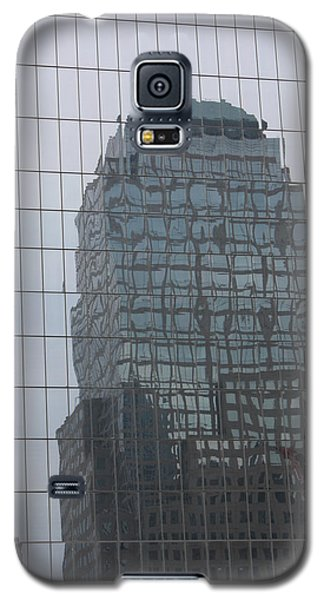 Galaxy S5 Case featuring the photograph Manhattan Tower by Susan Alvaro