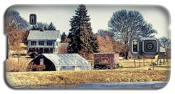Galaxy S5 Case featuring the photograph Manomet Farm by Constantine Gregory