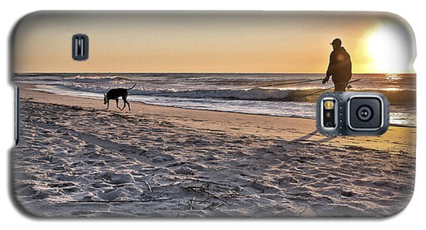 Man's Best Friend On Beach Galaxy S5 Case by Phil Mancuso
