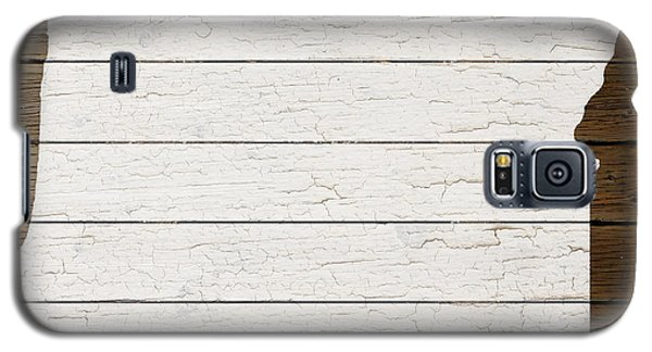 Map Of Oregon State Outline White Distressed Paint On Reclaimed Wood Planks Galaxy S5 Case by Design Turnpike