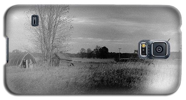 Galaxy S5 Case featuring the photograph Maple Ridge Rd Farm by Daniel Thompson