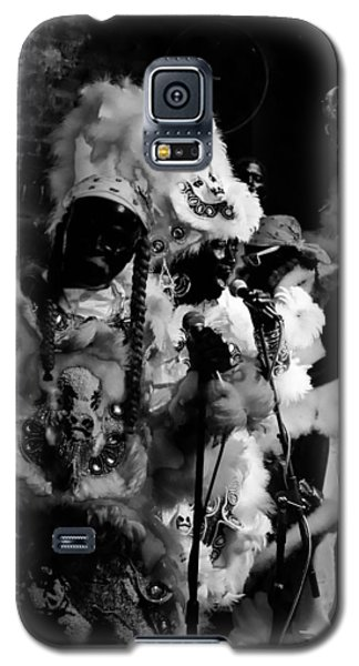 Mardi Gras Indians At The Gold Mine Saloon In New Orleans Galaxy S5 Case