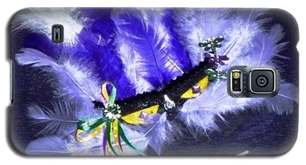 Galaxy S5 Case featuring the painting Mardi Gras On Purple by Alys Caviness-Gober