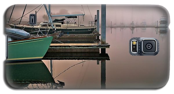 Galaxy S5 Case featuring the photograph Marina Morning by Laura Ragland