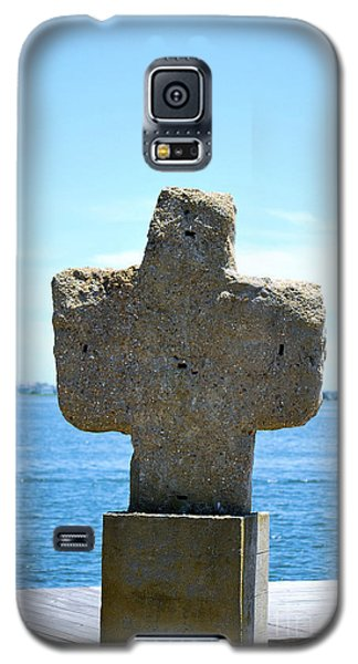 Galaxy S5 Case featuring the photograph Mariners Cross by Bob Sample