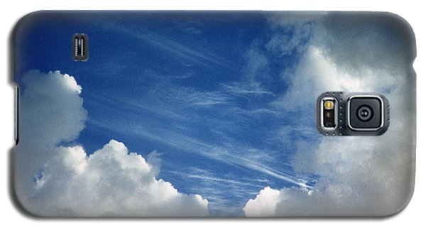Galaxy S5 Case featuring the photograph Maui Clouds by Evelyn Tambour