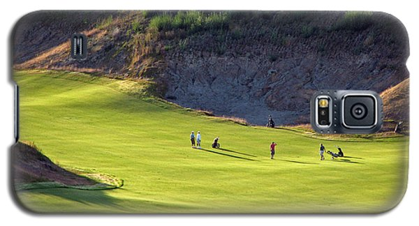 Galaxy S5 Case featuring the photograph May I Play Through? - Chambers Bay Golf Course by Chris Anderson