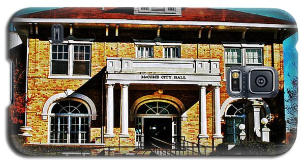 Galaxy S5 Case featuring the photograph Mccomb City Hall by Jim Albritton