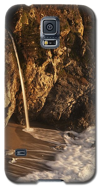 Galaxy S5 Case featuring the photograph Mcway Falls 3 by Lee Kirchhevel