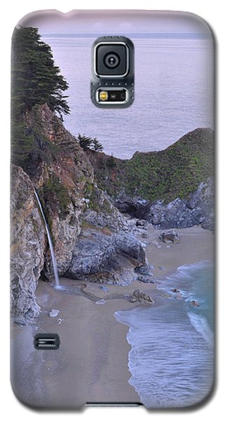 Mcway Falls At Dawn - Big Sur Galaxy S5 Case by Stephen  Vecchiotti
