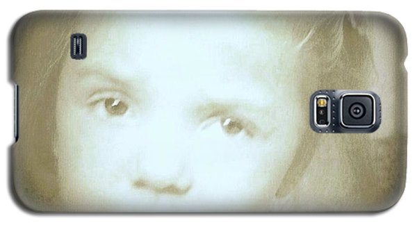 Galaxy S5 Case featuring the photograph Me Too by Shirley Moravec