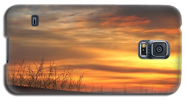 Galaxy S5 Case featuring the photograph Mellow Sunrise by Lynn Hopwood