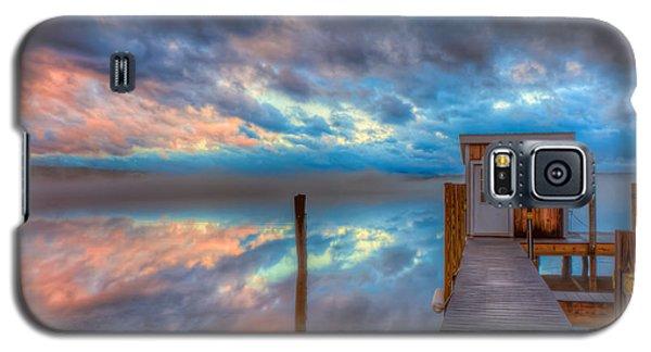 Melvin Village Marina In The Fog Galaxy S5 Case