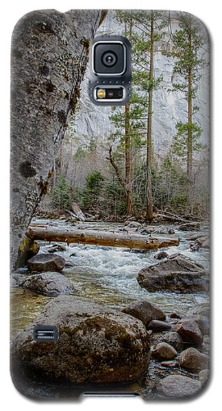 Merced River From Happy Isles Galaxy S5 Case by Terry Garvin