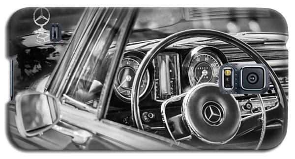 Mercedes-benz 250 Se Steering Wheel Emblem Galaxy S5 Case