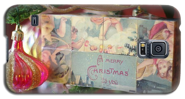 Galaxy S5 Case featuring the photograph Merry Christmas Greeting by Suzanne Powers