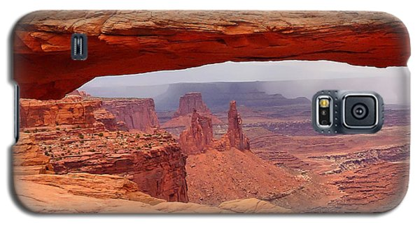 Mesa Arch In Canyonlands National Park Galaxy S5 Case by Mitchell R Grosky