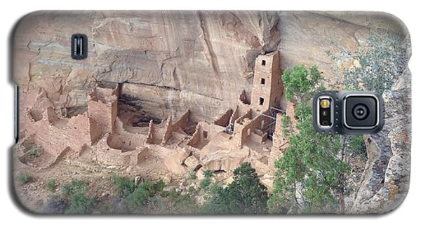 Galaxy S5 Case featuring the photograph Mesa Verde Colorado Cliff Dwellings 1 by Richard W Linford