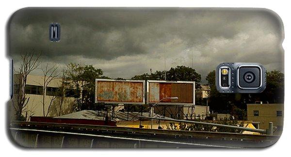 Galaxy S5 Case featuring the photograph Metropolitan Transit by Miriam Danar