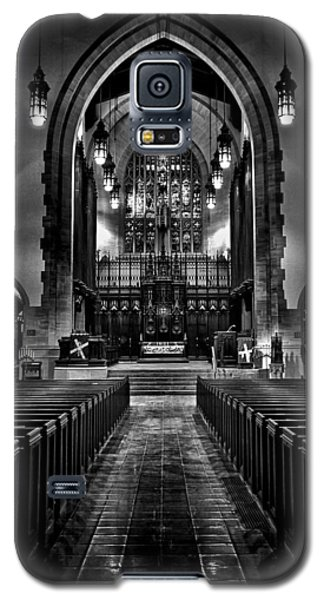 Galaxy S5 Case featuring the photograph Metropolitan United Church 1 Toronto Canada by Brian Carson