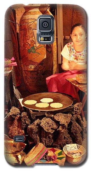Mexican Girl Making Tortillas Galaxy S5 Case