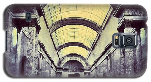 Architecture Galaxy S5 Case - #mgmarts #paris #france #europe #louvre by Marianna Mills