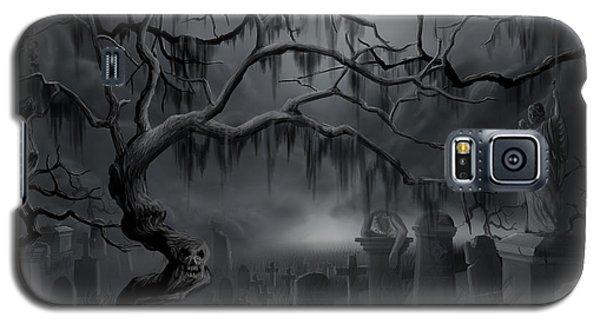 Midnight In The Graveyard  Galaxy S5 Case