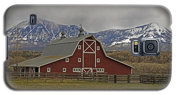Midway Ranch Barn Galaxy S5 Case
