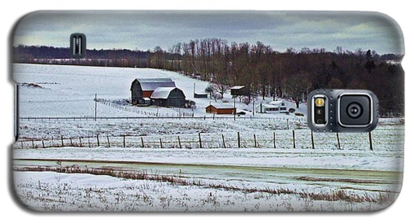Midwinter On The Farm Galaxy S5 Case