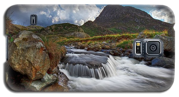 Mighty Tryfan  Galaxy S5 Case by Beverly Cash