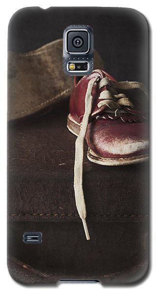 Galaxy S5 Case featuring the photograph Miles And Years by Amy Weiss