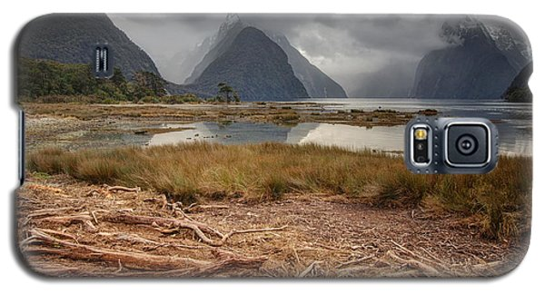 Milford Sound Galaxy S5 Case