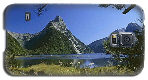 Milford Sound  New Zealand Galaxy S5 Case by Rudi Prott