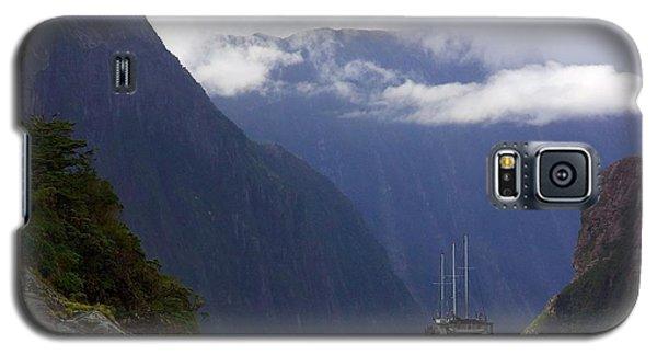 Milford Sound Galaxy S5 Case by Stuart Litoff