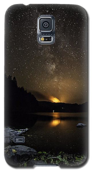 Milky Way At Crafnant Galaxy S5 Case by Beverly Cash