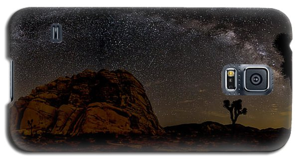 Milky Way Over Joshua Tree Galaxy S5 Case