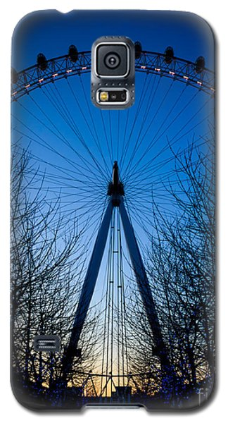 Galaxy S5 Case featuring the photograph Millennium Eye London At Twilight by Peta Thames