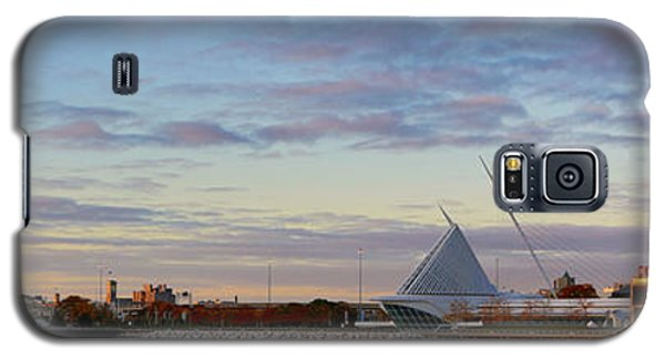 Galaxy S5 Case featuring the photograph Milwaukee At Sunrise  by Ricky L Jones
