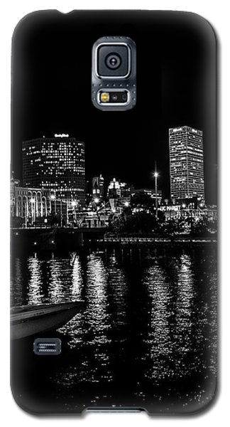 Milwaukee Downtown Third Ward Galaxy S5 Case by Susan  McMenamin