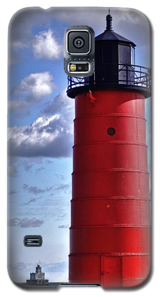 Galaxy S5 Case featuring the photograph Milwaukee Pierhead Light by Deborah Klubertanz