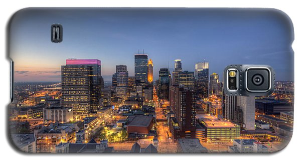 Minneapolis Skyline At Night Galaxy S5 Case