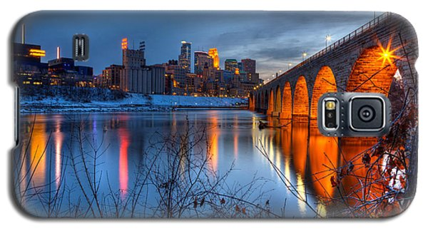 Minneapolis Skyline Images Stone Arch Bridge Spring Evening Galaxy S5 Case