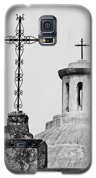 Galaxy S5 Case featuring the photograph Mission Concepcion Crosses by Andy Crawford