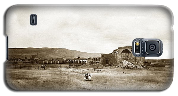 Mission San Juan Capistrano California Circa 1882 By C. E. Watkins Galaxy S5 Case