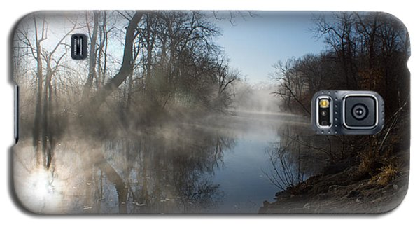 Misty Morning Along James River Galaxy S5 Case